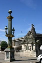 Lampadaires colonnes rostrales – Place de la Concorde – Paris (75008)