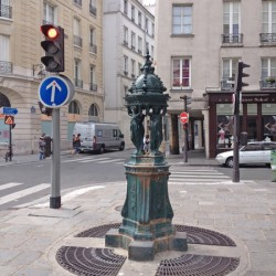 Fontaine Wallace – Rue Saint-Antoine – Paris (75004)