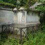 Entourages de tombes  - Division 17 - Cimetière du Père Lachaise - Paris (75020) - Image4