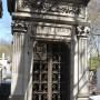 Portes de chapelles sépulcrales - Division 96 (1) - Cimetière du Père Lachaise - Paris (75020) - Image13