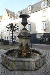 Fontaine – Place Foire le roi – Tours