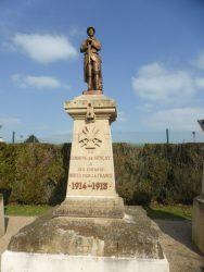 Monument aux morts  – Gençay