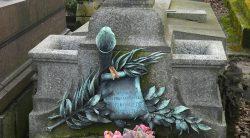 Ornements de sépulture – Division 86 – Cimetière du Père Lachaise – Paris (75020)