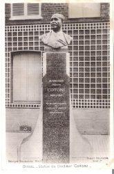 Monument au Docteur Joseph Cotoni (Fondu, remplacé) – Oissel-sur-Seine