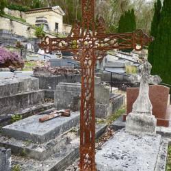 Croix de cimetière – Valmondois
