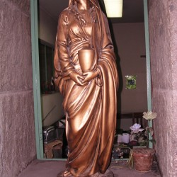 Mater Dolorosa [à l'urne] – Cementerio Católico – Santiago de Chile