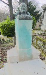 Masque funéraire d'Anatole de Montaiglon – Cimetière du Père-Lachaise – Paris (75020)