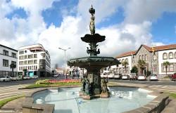 Fontaine – Place Vasco de Gama – Ponta Delgada – Les Açores