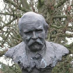 version actuelle du buste d'après l'exemplaire de Béziers