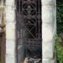 Portes de chapelles sépulcrales  - Division 18 - Cimetière du Père Lachaise - Paris (75020) - Image18