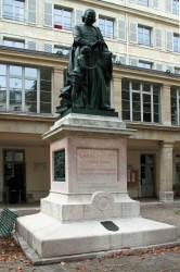 Statue de l'Abbé de l'Epée – Paris (75005)