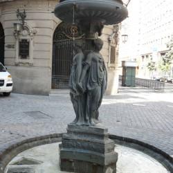 Fontaine les Trois Grâces (2) – Las Tres Gracias (en Nueva York) – Santiago de Chile