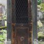 Portes de chapelles sépulcrales  - Division 18 - Cimetière du Père Lachaise - Paris (75020) - Image9