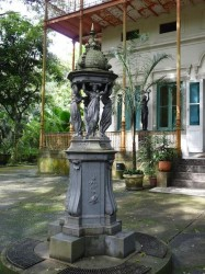Fontaine Wallace du Musée de la Ville – Fonte Wallace do Museu da Cidade – Rio de Janeiro