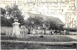 Monument à Hippolyte Picquet (Fondu) – Groissiat