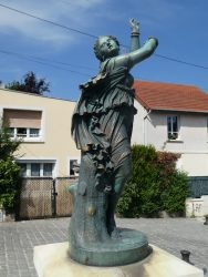 Statue « la Zingara » – Villeneuve-le-Roi