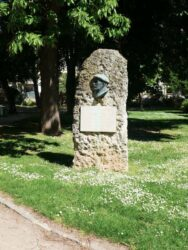 Monument à Marcel Delaunay – Evreux