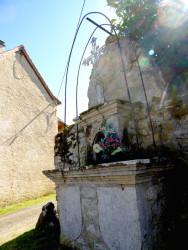 Croix ornée d'une Vierge – Ginals
