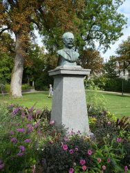 Buste de Claude Boucher – Cognac