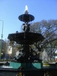 Fuentes (2) – Fontaine – Avenida 9 de Julio-  Buenos Aires