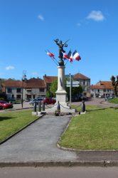 Monument aux morts – Neuilly-l'Évêque