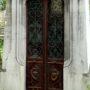 Portes de chapelles sépulcrales - Division 17 - Cimetière du Père Lachaise - Paris (75020) - Image18