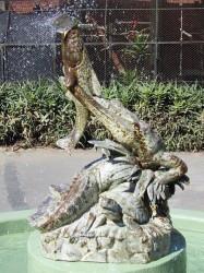 Fuente  Cocodrilo – Fontaine au Crocodile –  Jardín Zoológico – Buenos Aires