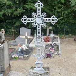 Croix de cimetière (2) – Chevigney-sur-l'Ognon