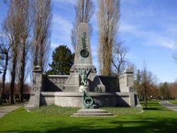 Mémorial aux soldats français tombés durant la guerre franco-prussienne de 1870-1871 – cimetière de Bruxelles – Evere