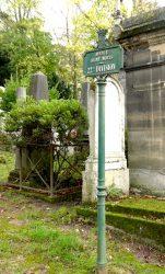 Entourages de tombes – Division 22 – Cimetière du Père-Lachaise – Paris (75020)