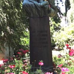 Monument au félibre Vermenouze – Aurllac