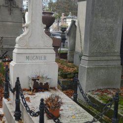 Entourages de tombes – Division 82 – Cimetière du Père Lachaise – Paris (75020)