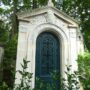 Portes de chapelles sépulcrales - Division 19 - Cimetière du Père Lachaise - Paris (75020) - Image16