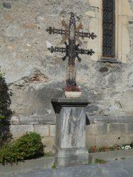 Croix de la place de l'Église Notre-Dame – Arreau