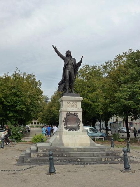 Monument rouget de l isle lons le saunier for Lons le saunier code postal