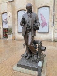 Statue de Zénobe Gramme – Musée des Arts et Métiers – Paris (75003)