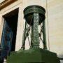 Pots à feu de la chapelle de l'Est (2) - - Cimetière du Père-Lachaise - Paris (75020) - Image2
