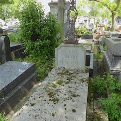 Croix de la tombe de la famille Lefèvre et Personne – Cimetière du Père-Lachaise – Paris (75020)