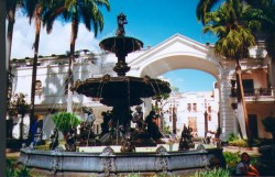 Fontaine – Place du Parlement – Caracas