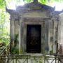 Entourages de tombes  - Division 17 - Cimetière du Père Lachaise - Paris (75020) - Image1