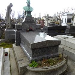 Tombe de la famille Monnier – Cimetière du Père Lachaise – Paris (75020)