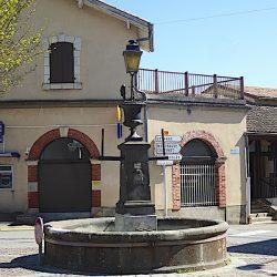 Fontaine – Vase – Lampadaire – Maurs