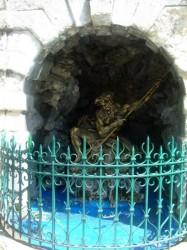 Fontaine Neptune du square d'Assas- Clermont-Ferrand