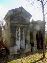 Portes de chapelles sépulcrales (3) – Division 36 – Cimetière du Père Lachaise – Paris (75020)