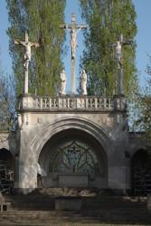Calvaire – Monument aux morts –  Béhuard