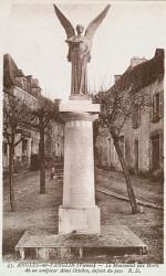 Monument aux morts de 14-18 – Angles-sur-l'Anglin