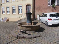 Fontaine ( 2/2 ) – Bruyères