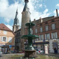 Fontaine – Place du Maréchal Foch – Saint-Pourçain-sur-Sioule