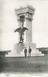 Monument aux morts de 14-18 ou Gloire à la trompette – Calvi