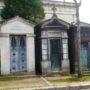 Portes de chapelles sépulcrales et corbeille - Division 55 - Cimetière du Père Lachaise - Paris (75020) - Image12